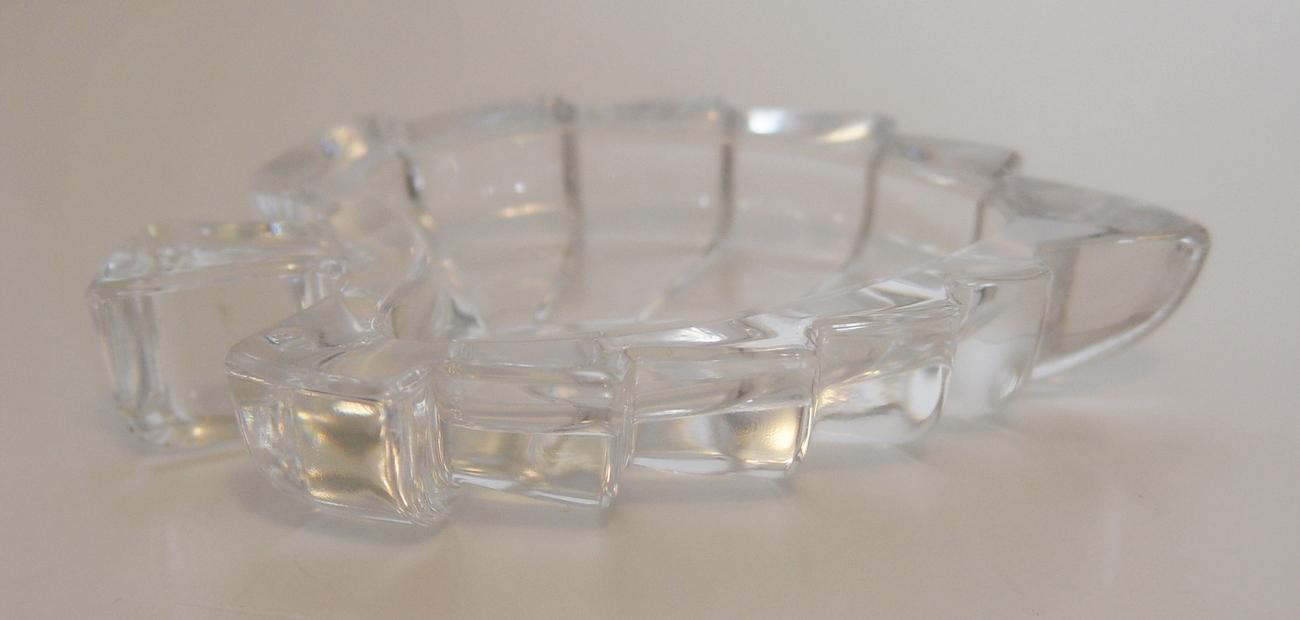 Zajecar 24% Lead Crystal Yugoslavian LEAF Shaped Trinket Rings Coin Keys Dish