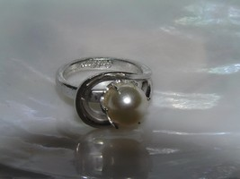 Vintage Park Lane Signed Silvertone Loop with Faux White Pearl Bead Ring... - $10.39