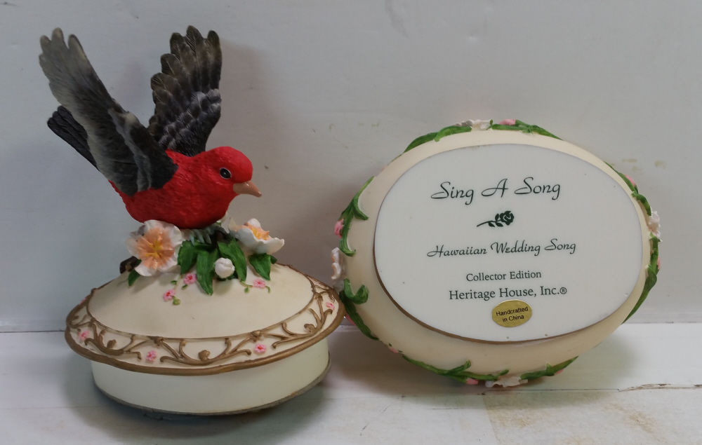Heritage House Sing A Song Music Box Series Hawaiian Wedding Song