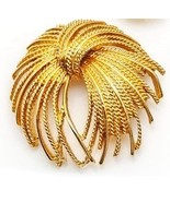 Monet Pin Brooch Gold Tone Bright Finish Signed 80s Costume Jewelry  - $28.76