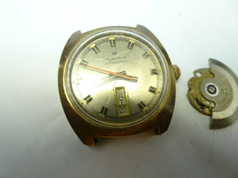 VINTAGE 1970'S HAMILTON 826 DAY DATE AT 6 AUTOMATIC WATCH FOR RESTORATION - $188.67