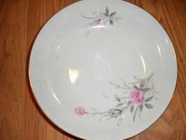 """golden rose round vegtable serving bowl 9"""" diam lovely - $10.00"""