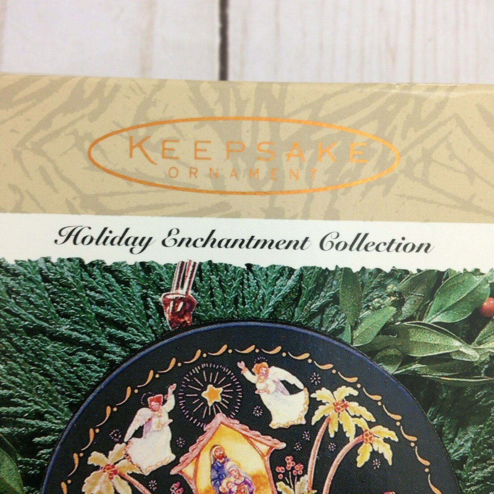 Keepsake Ornament Holiday Enchantment Collection Following The Star Showcase image 3