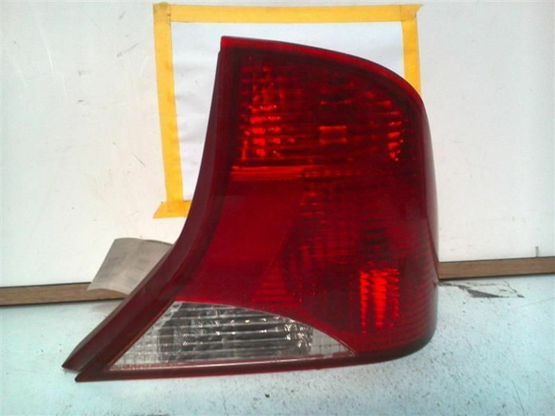 Primary image for Passenger Right Tail Light Sedan Thru 10/99 Fits 00 FOCUS 73895