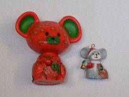 Vintage HALLMARK Cards Merry Miniature 1977 Calico Mouse Red Green Chris... - $15.99