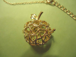 GOLDEN APPLE AROMA DIFFUSER LOCKET NECKLACE >> COMBINED SHIPPING <<  - $7.67