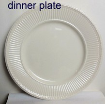 Vintage Wedgwood Edme Dinner  Plate Made in England - $28.00