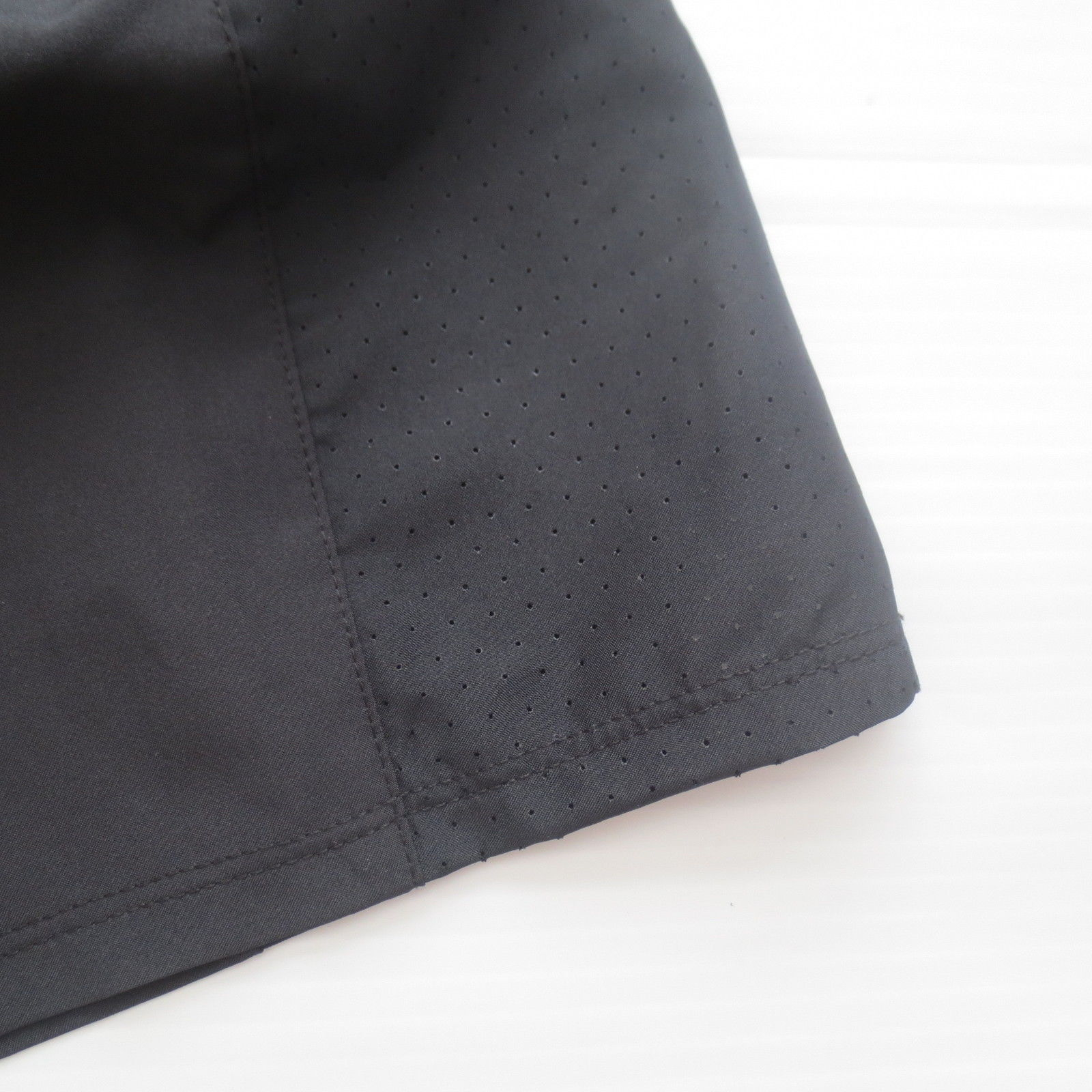 Nike Women Dry Running Shorts - 902281 - Black 010 - Size L -  NWT image 7