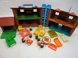 Vintage 1987-88 Fisher Price Tudor Family House 952 with Extras  - $100.60