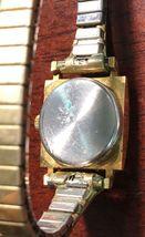 Vintage Cardinal 17 Jewels Women's Watch - Functional image 3