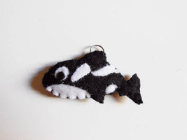 Killer whale felt ornament or key chain. Stuffe... - $10.35