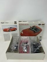 BURAGO 1:24 Metal Model Kit - 1992 Dodge Viper RT/10 Painted Body - $29.02