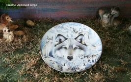 """""""VISION OF THE PACK"""" WOLF PLATE BY DIANA CASEY – DISH UP SOME COLLECTIBL... - $29.95"""