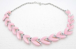 VTG CLAUDETTE Signed Silver Tone Pink Thermoset Abstract Choker Necklace - $49.50