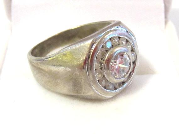 Mens Vintage jewelry silvertone White stone ring size 10