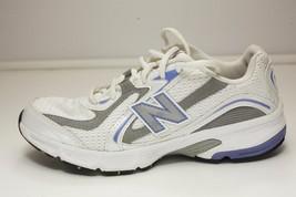 New Balance 6.5 White Walking Shoe Women's - $32.00