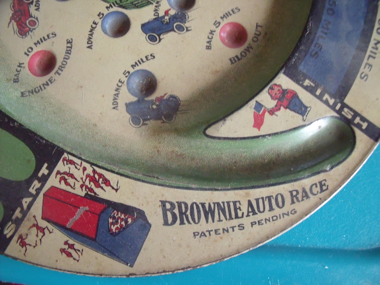 Brownie Auto Race  tin Lithograph Auto Race Marble Board Game 1930's
