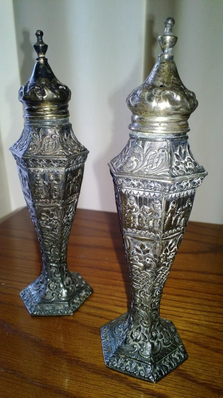 Vintage Ornate Salt and Pepper Set DSD Co. #205