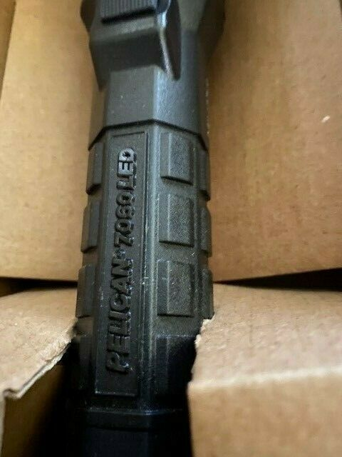 Durable Rechargeable Tactical Flashlight 7060 New  flashlight only no charger