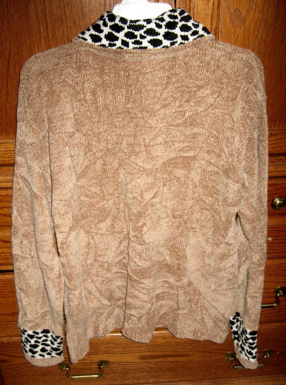 Erika & Co Chenille Women's Sweater Beige & Animal Print Collar/trim Size XL