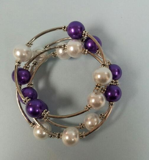 Memory Wire Bracelet -Dark Purple and White Pearl by Roaming Oyster