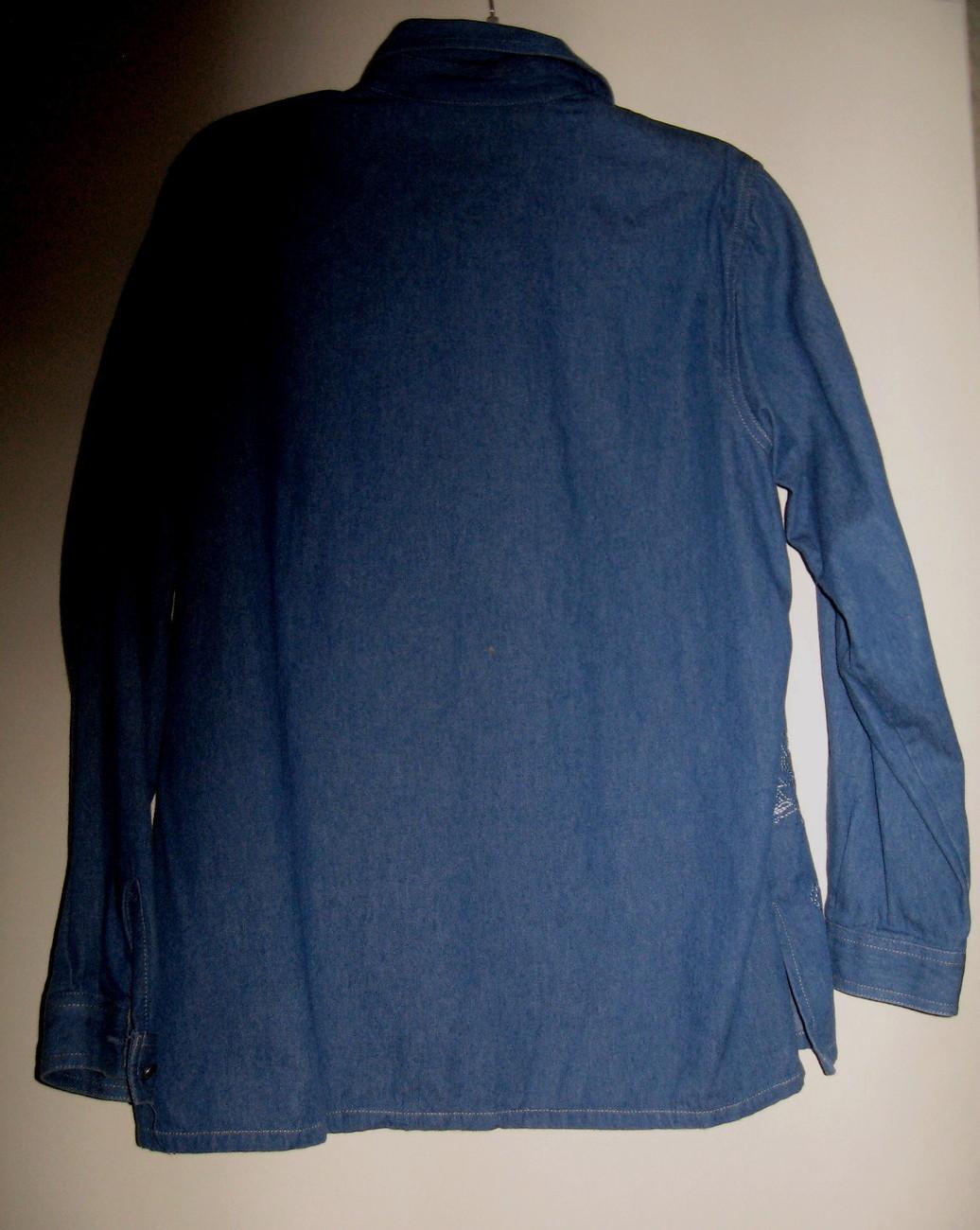 LADIES 100% COTTON BLUE DENIM EMBELLISHED BLOUSE BY KORET CITY BLUES, SIZE M