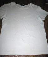 LADIES 100 PERCENT COTTON TOP, WHITE, SIZE MEDIUM, BY GAP - $9.29