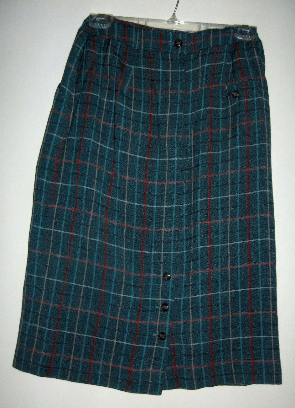 LADIES SKIRT BY LIZ CLAIBORNE, SIZE 8, FULLY LINED