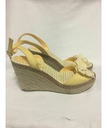 American Eagle Peep Toe Wedge Heels Size 7 1/2 With Bow Yellow White - $39.60