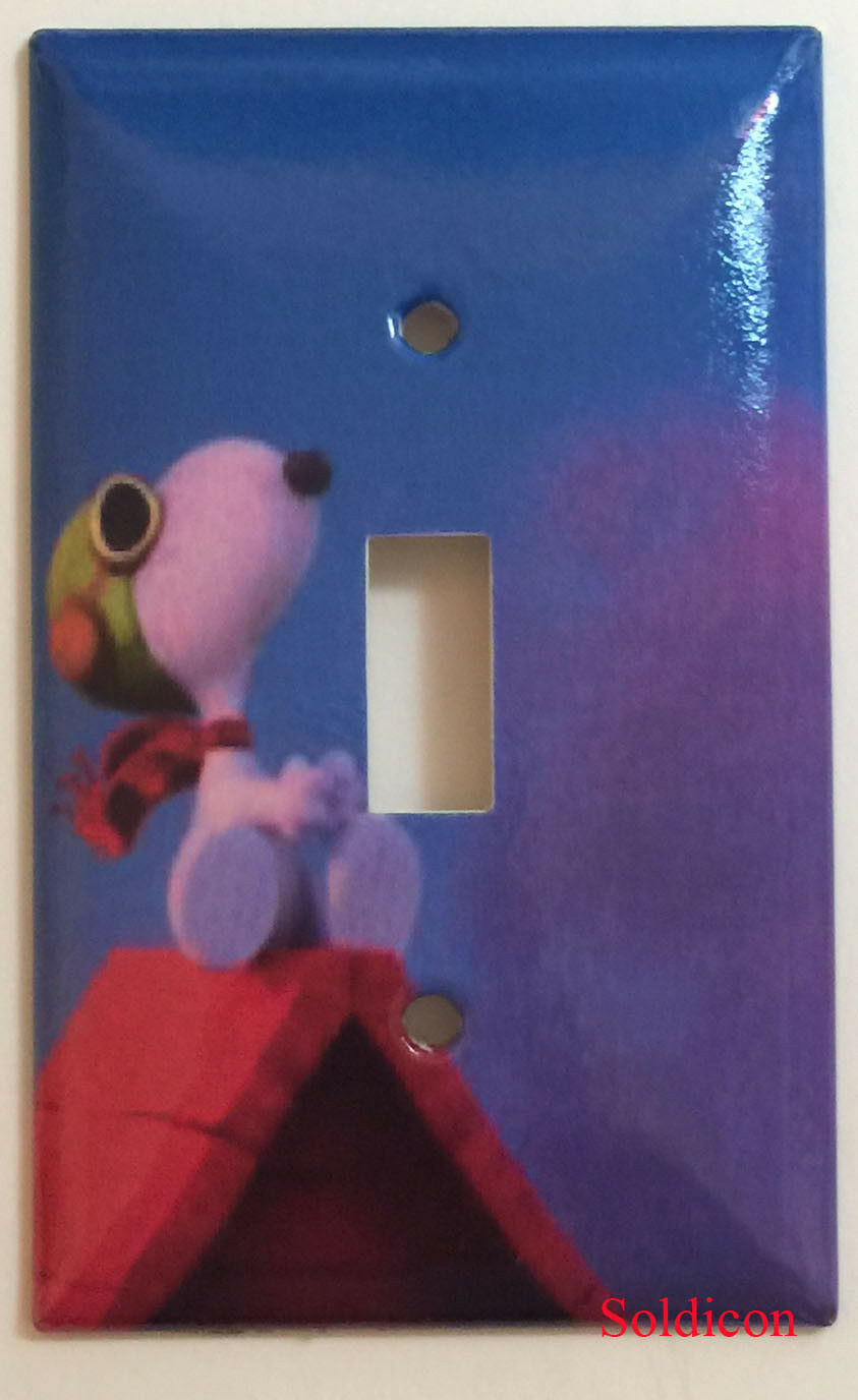 Snoopy red roof single toggle