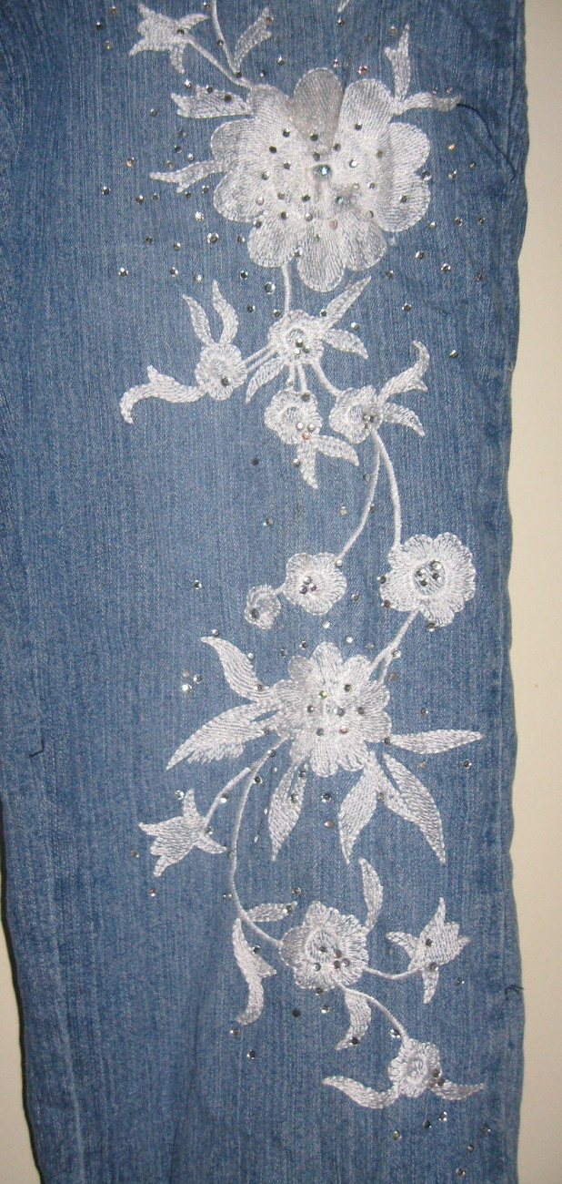 NWOT Girls Arizona Jeans Floral Appliques & Crystals  + Crystal Buttons Sz12 Reg