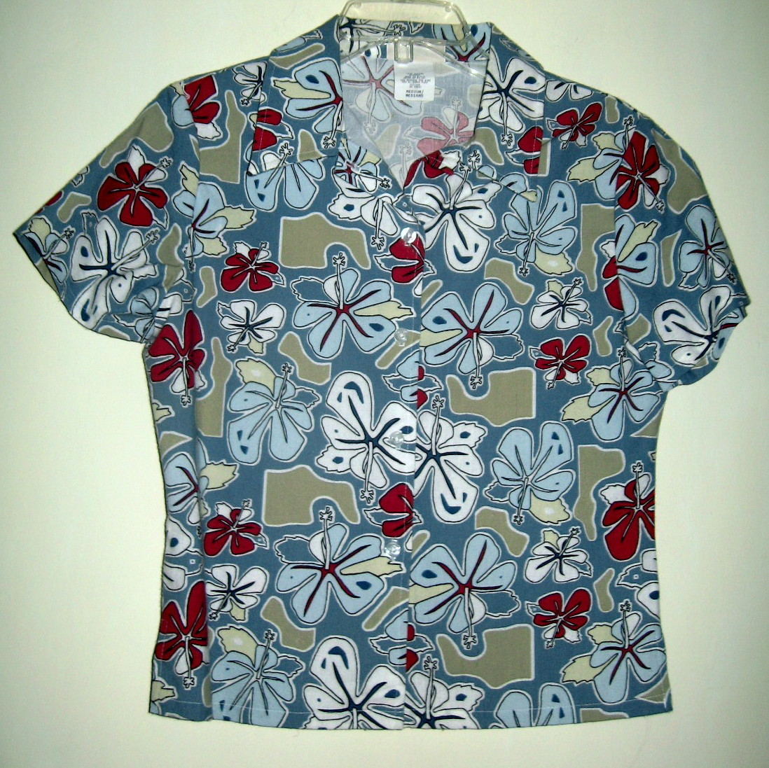 YOUNG LADIES HAWAIIAN SURF SHIRT, NEW, NEVER WORN, SIZE MEDIUM, SHORT SLEEVES
