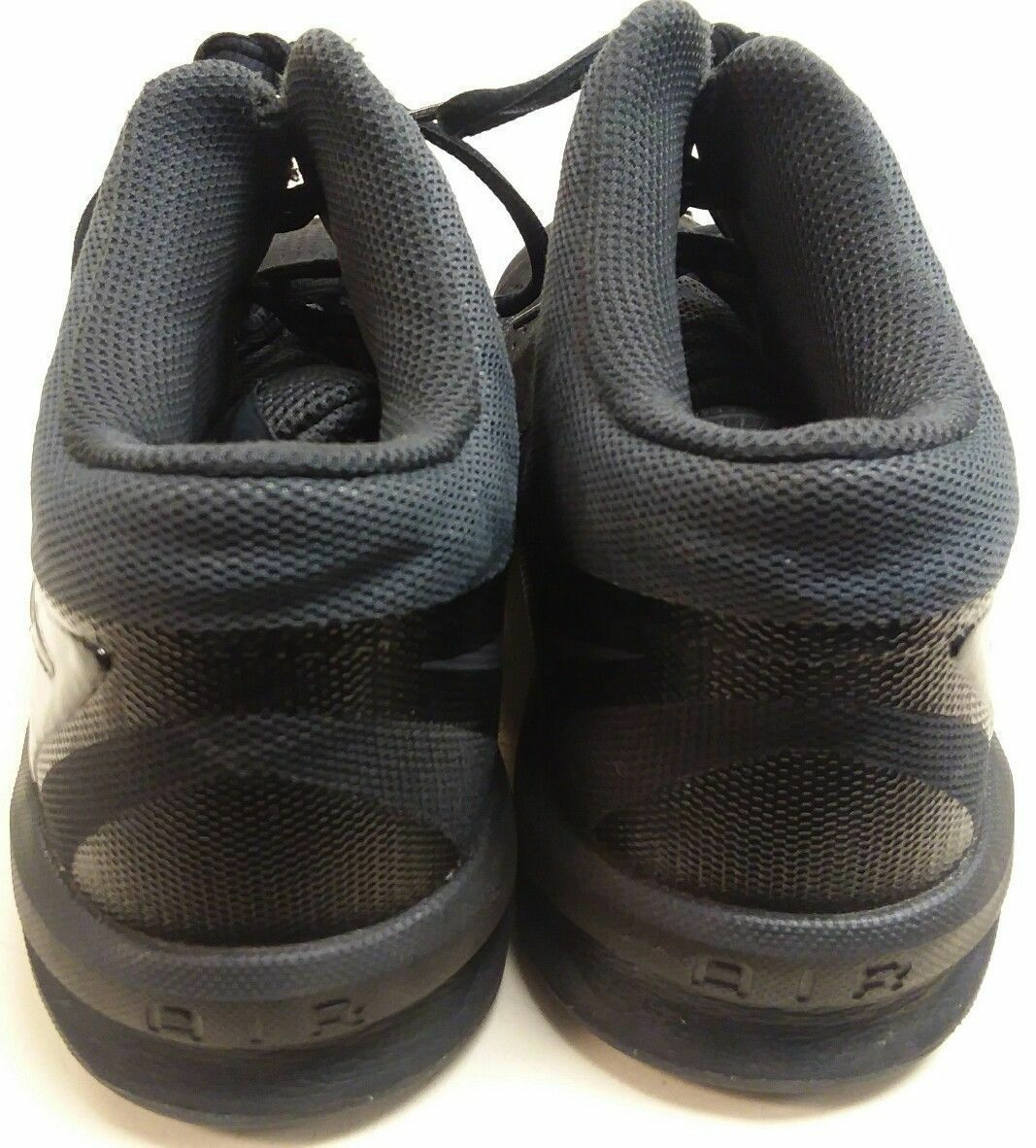 sports shoes b640a ab333 Nike Air Visi Pro VI NBK Mens Size 9.5 Black Basketball Shoes Good Condition