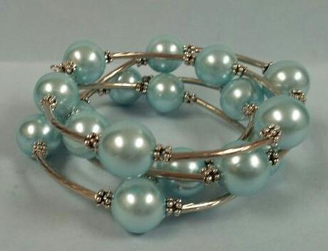 Memory Wire Bracelet -Aqua Pearl by Roaming Oyster