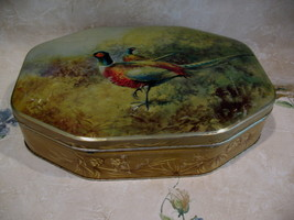 Vintage Macfarlane Lang Biscuits Cake Tin PHEASANTS Birds Hunting Souvenir - $34.95