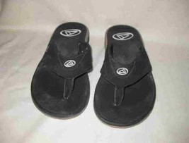 Mens Size 9 REEF Thong Flip Flops Sandals Shoes - $54.99 CAD
