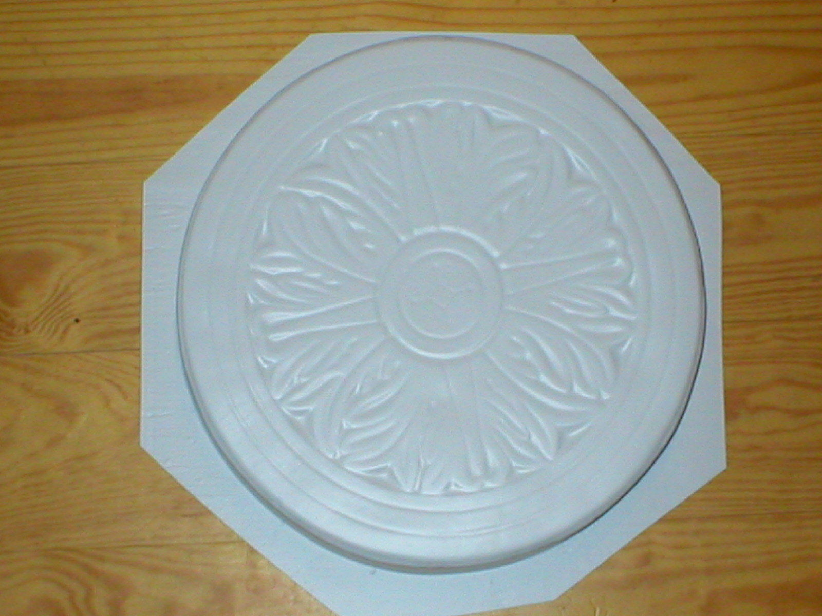 "1- 14"" Celtic Flower Garden Stepping Stone Concrete Mold - Make 100s for Pennies"