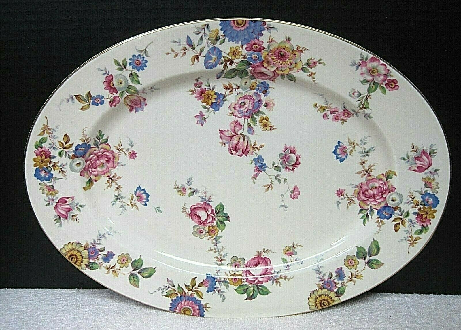 """Rosenthal Ivory The Sunray 15"""" Oval Serving Platter Excellent Shape  - $143.55"""