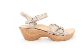 Abeo Daelle Wedges  Sandals Gold   Women's Size  8 ()6028 - $90.00