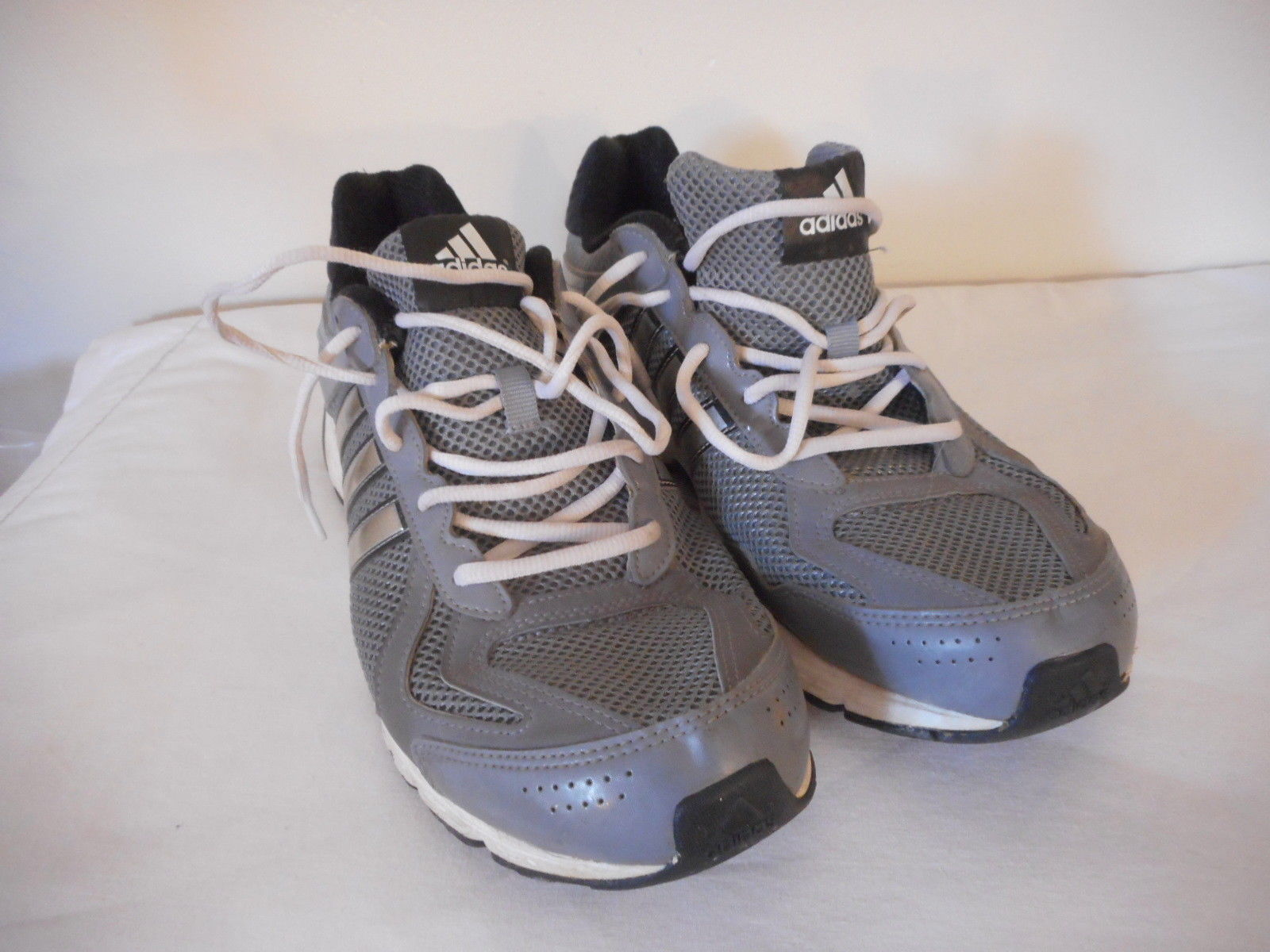 separation shoes 3d182 c28b6 Mens Sz 12 Adidas Shoe Grey Silver Athletic and 50 similar items. 57