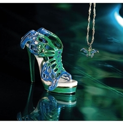 Swallowtail Metal Limited Club Edition Jewel Box & Necklace Just the Right Shoe