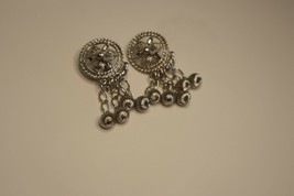 Sarah Coventry Silver Dangle Earrings Clip On - $22.00
