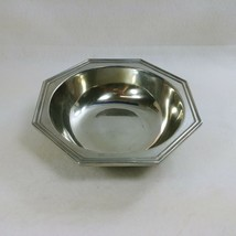 """Wilton Armetale Serving Bowl 9"""" Mulberry Hill Pattern Hallmarked RWP 1973 - $42.74"""