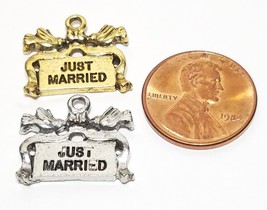 JUST MARRIED FINE PEWTER PENDANT CHARM image 2