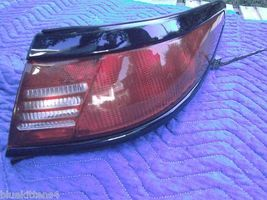 1997 1998 LINCOLN MARK VIII  8 RIGHT TAILLIGHT OEM USED - $88.36