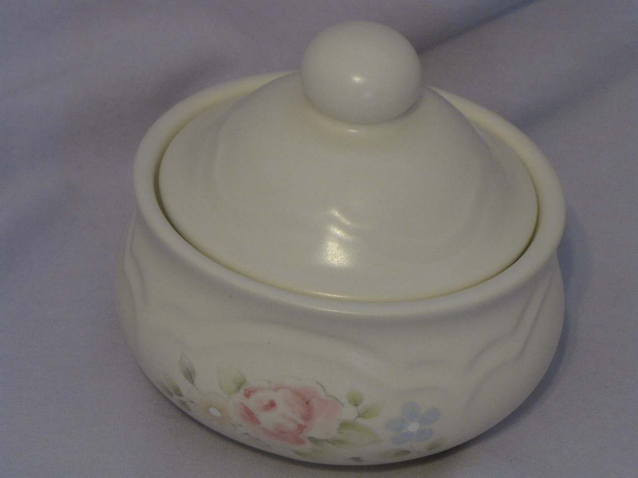Pfaltzgraff tea rose sugar bowl