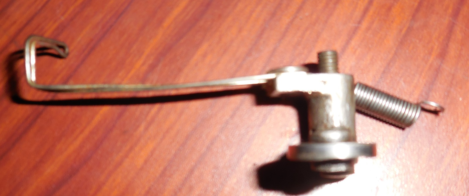 1892 Household VS Thread Take Up Lever Assembly  image 2