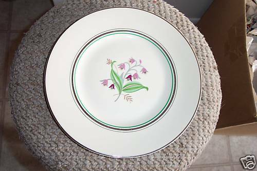 Syracuse dinner plate (Coralbel) 6 available - $11.58