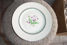 Syracuse dinner plate (Coralbel) 6 available - $11.14