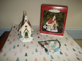 Hallmark 1999 Colonial Church 2nd In Series Candlelight Services Ornament - $14.99